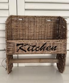 Küchenrollenhalter aus Rattan ,,Kitchen´´