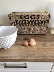 Praktischer geräumiger Eierkorb aus Rattan XL